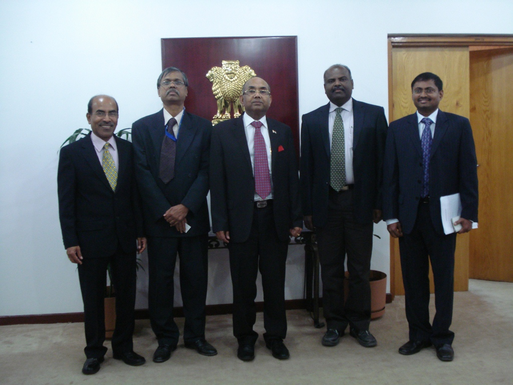2 - TEF2015 executive committee met Ambassador