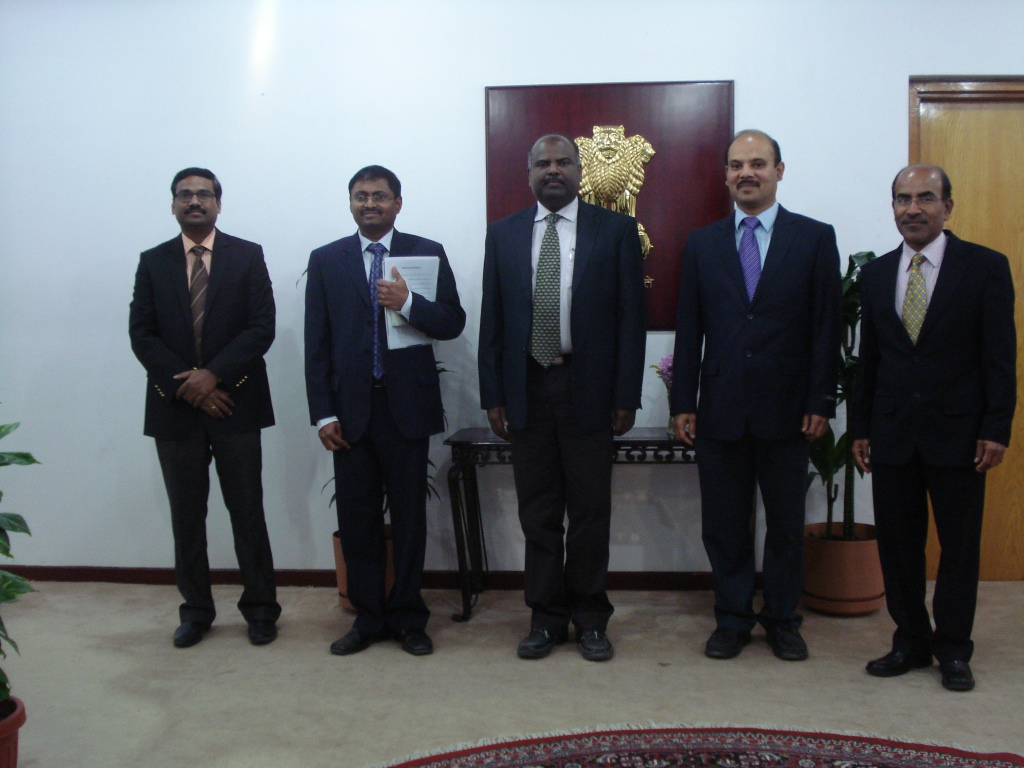 3 - TEF2015 executive committee met Ambassador